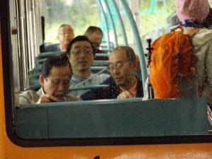 県人会メンバーだけの乗車です。
